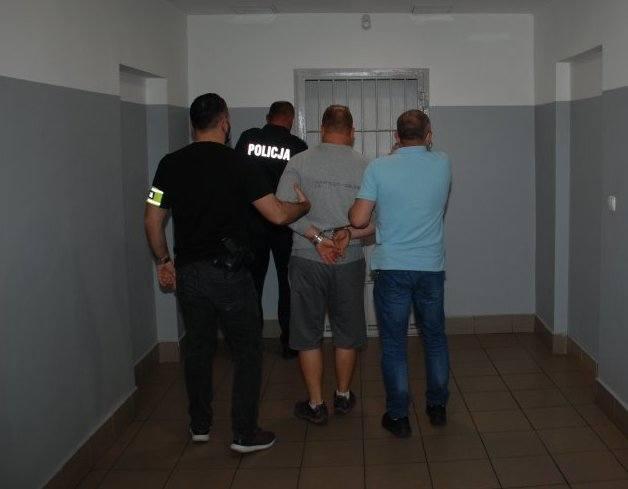 39-latek zaatakował bejsbolem ekologów w Nadleśnictwie Bircza. Został złapany przez policję w Rzeszowie
