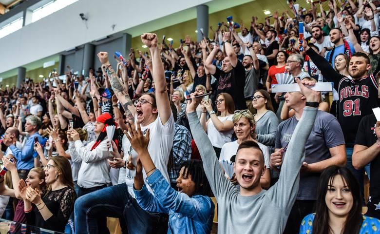 Rok temu (dokładnie 19 maja 2019 roku) koszykarze Enea Astorii Bydgoszcz pokonali na własnym parkiecie Śląsk Wrocław 86:77, wygrali finałową rywalizację