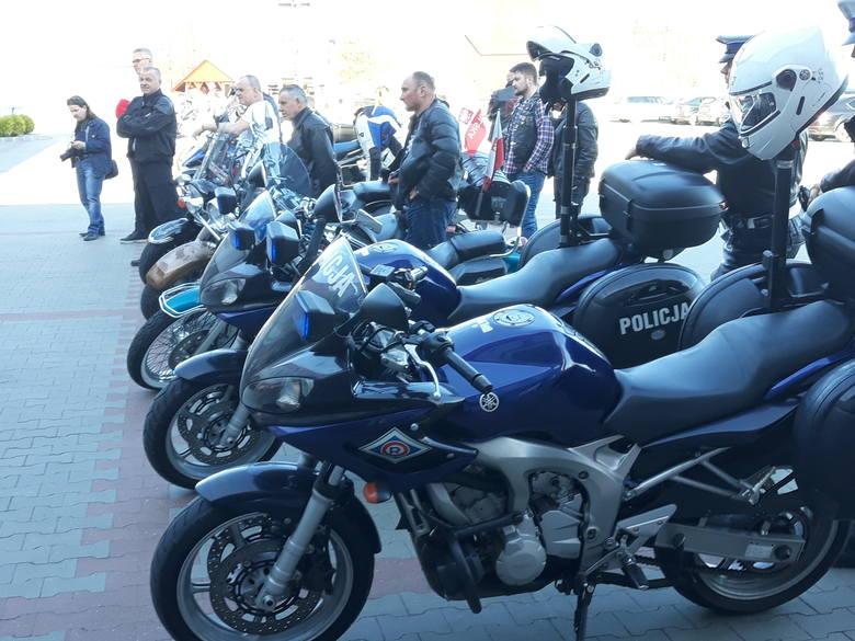 Sezon motocyklowy właśnie się rozpoczął. Na dobry jego początek w komendzie straży pożarnej w Wąbrzeźnie zorganizowano spotkanie szkoleniowe dla motocyklistów.