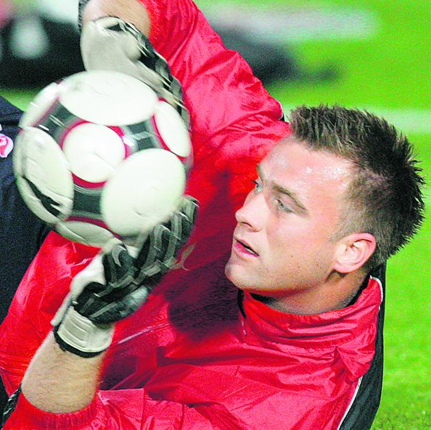 Artur Boruc będzie miał okazję zrehabilitować się za wpadki w meczu z Irlandią Północną.