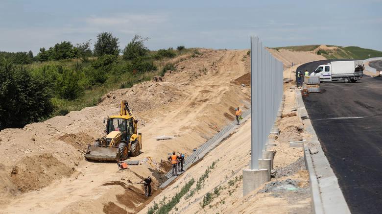 GDDKiA zapewnia, że odcinek S19 między węzłami Świlcza i Rzeszów - Południe będzie gotowy na czas. Jego otwarcie zależy jednak od daty zakończenia budowy łącznika z miastem.