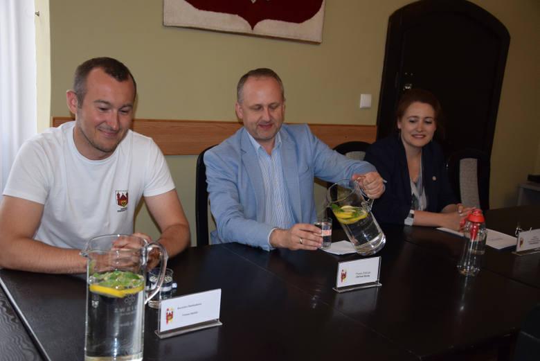 Nie daj się nabić w butelkę - konferencja zorganizowana przez burmistrza Świebodzina