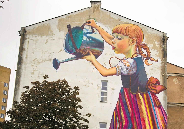Mural dziewczynka z konewk mo e zosta uratowany miasto for Mural bialystok dziewczynka z konewka