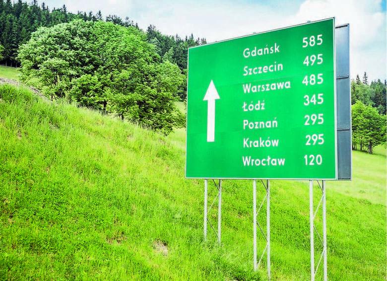 W Polsce powstała już sieć autostrad, ale wystarczy wjechać do większego miasta, by stanąć w korku