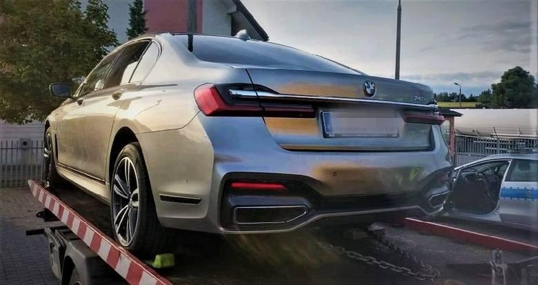 Warte ok. pół mln złotych BMW, skradzione w Hiszpanii, udało się odzyskać dzięki skoordynowanej akcji funkcjonariuszy Bieszczadzkiego Oddziału Straży