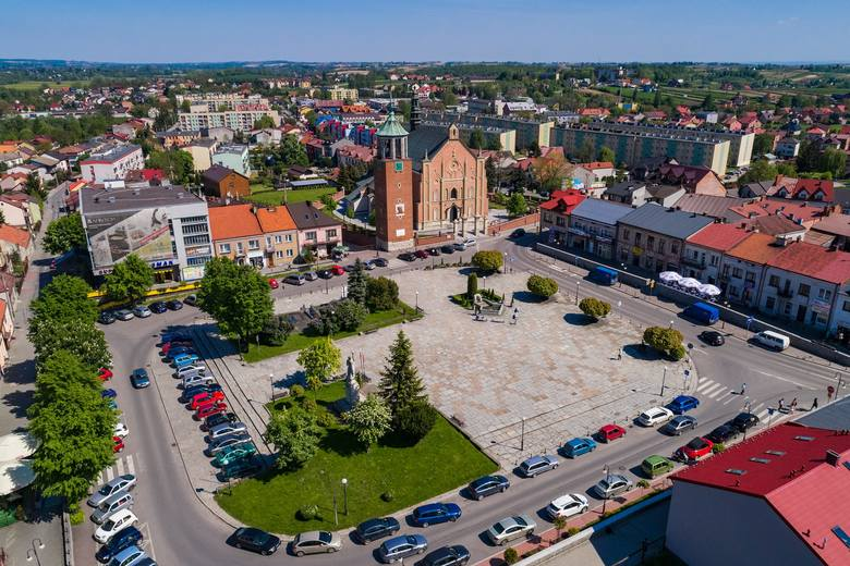 1. Powiat Proszowicki. Tu mamy największy wzrost liczby zgonów - 33 w kwietniu 2019 i 50 w kwietniu 2020. To wzrost aż o ponad 50 proc.