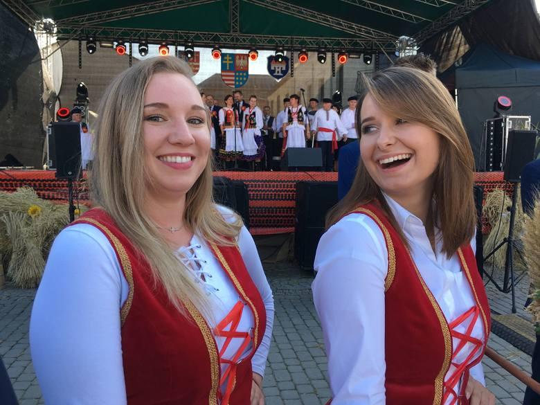 W niedzielę, 8 września, na Dożynkach Wojewódzkich w Opatowie, które były także Dożynkami Diecezji Sandomierskiej, bawiło się kilka tysięcy ludzi z całego
