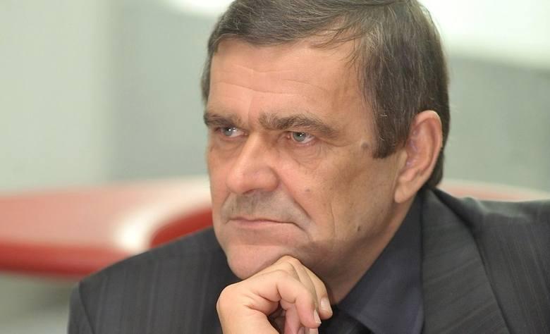 Roman Karkosik, znany biznesman, a w przeszłości właściciel toruńskiego klubu żużlowego, zaproponował ugodę Andrzejowi Witkowskiemu, prezesowi Polskiego