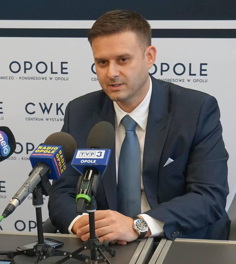 - Uważam, że załoga CWK to grupa ludzi, która jak najbardziej nadaje się do tego, co robi - ocenia Patryk Stasiak, nowy dyrektor centrum.