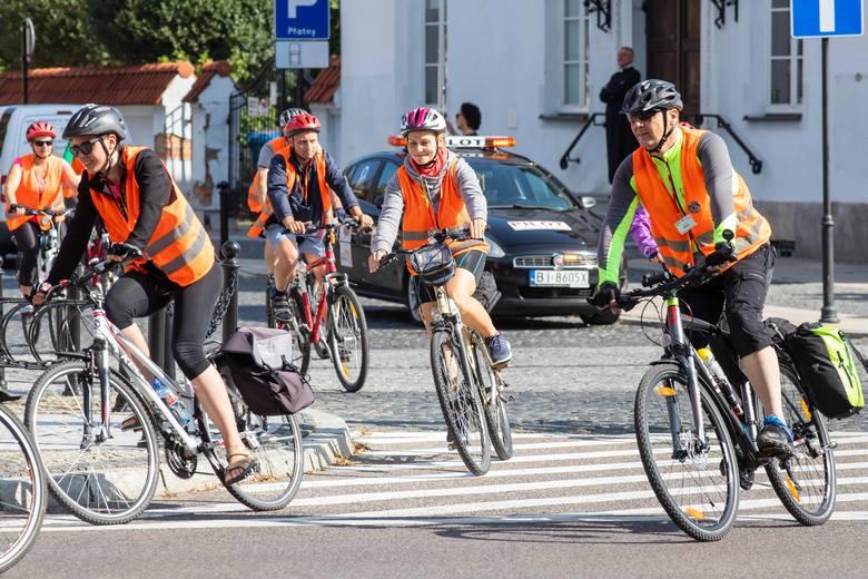 To już 8. Rowerowa pielgrzymka na Jasną Górę. Blisko 160 pielgrzymów wyruszyły na swoich rowerach w podróż do Czestochowy. Mają do pokonania blisko pół