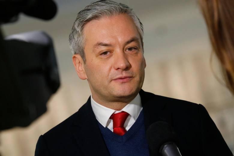 Słupski sąd: prokuratura ma zbadać sprawę wpłat na fundację Roberta Biedronia