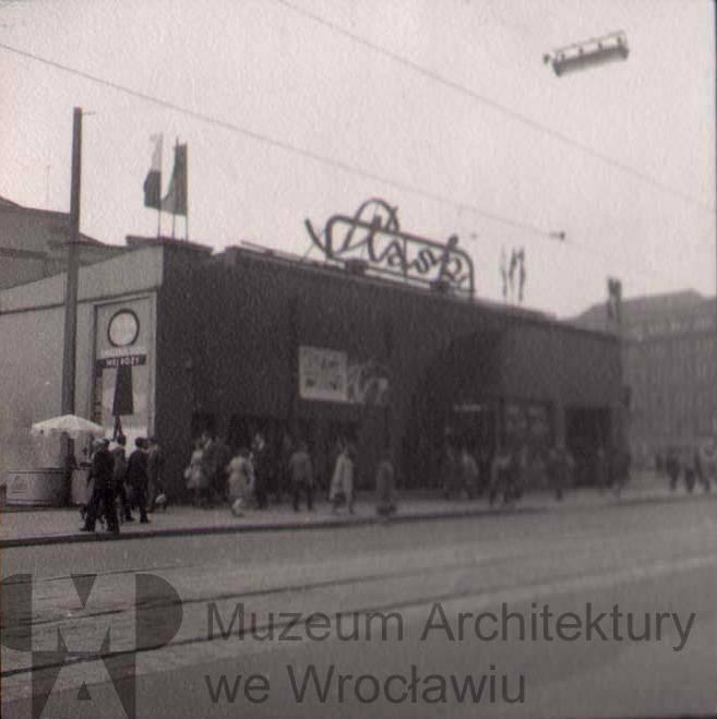 75 lat temu  powstało kino Śląsk. Dziś w tym miejscu przy ul. Piłsudskiego jest Teatr Muzyczny Capitol.