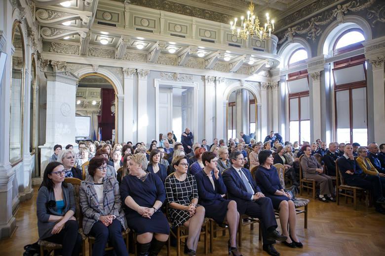 Tarnów. Inauguracja kampanii Biała Wstążka