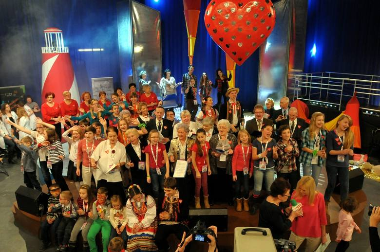 W niedzielę lublinianie zagrali z wielką orkiestrą , by uzbierać na zakup sprzętu dla dziecięcej medycyny ratunkowej i godnej opieki seniorów.