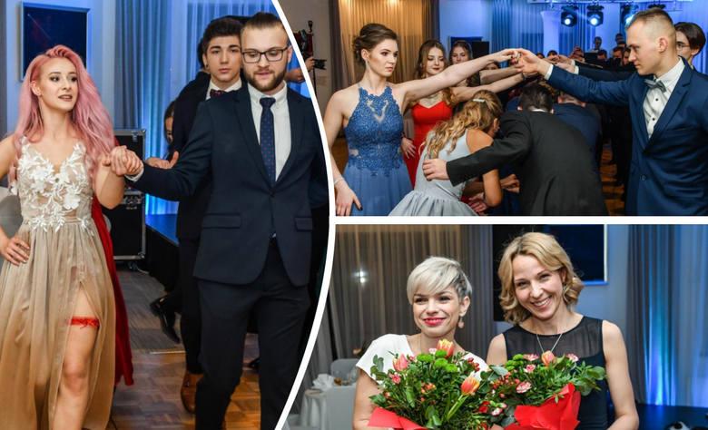 Uczniowie, nauczyciele i dyrekcja VIII Liceum Ogólnokształcącego w Bydgoszczy bawili się w ten weekend na studniówce. Bal rozpoczął się w sobotni (15.02)