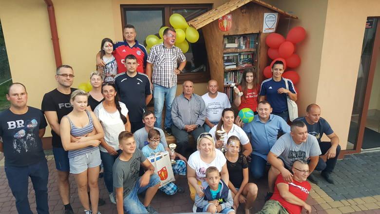 Nowa Wieś Wschodnia. Podziel się książką, czyli nowa akcja w gminie Rzekuń 17.08.2019 [ZDJĘCIA]