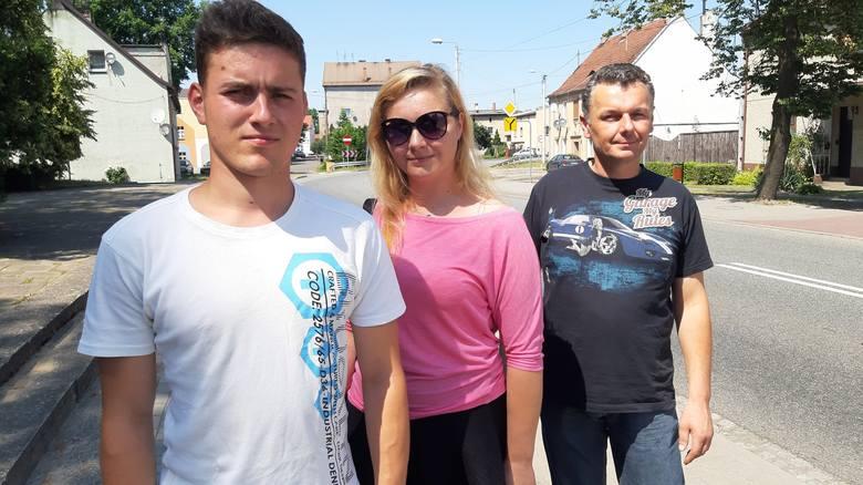 Akcję ratunkową prowadził 20-letni Grzegorz Lacmański, pomagali mu ciocia Zofia Jurczok i wujek Andrzej Jurczok.