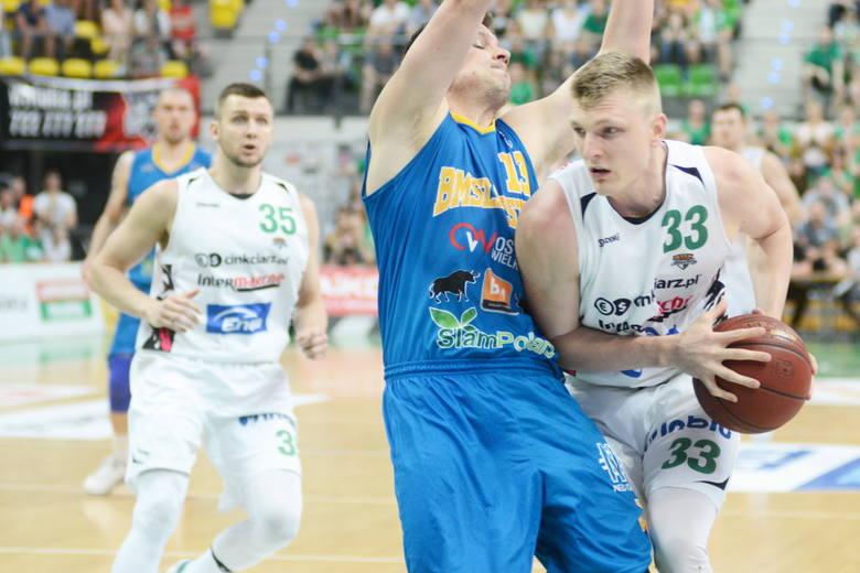 Z piłką Karol Gruszecki