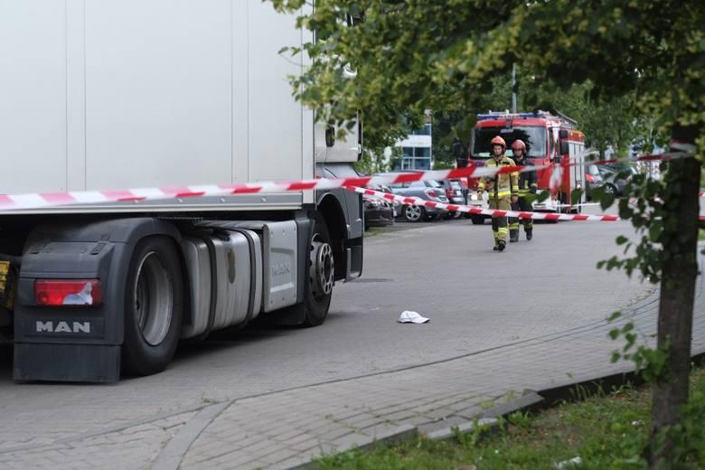 W środę (19.06) około 9:00 ul. Św. Józefa w Toruniu doszło do tragicznego w skutkach wypadku drogowego. Ze wstępnych ustaleń policjantów toruńskiej drogówki