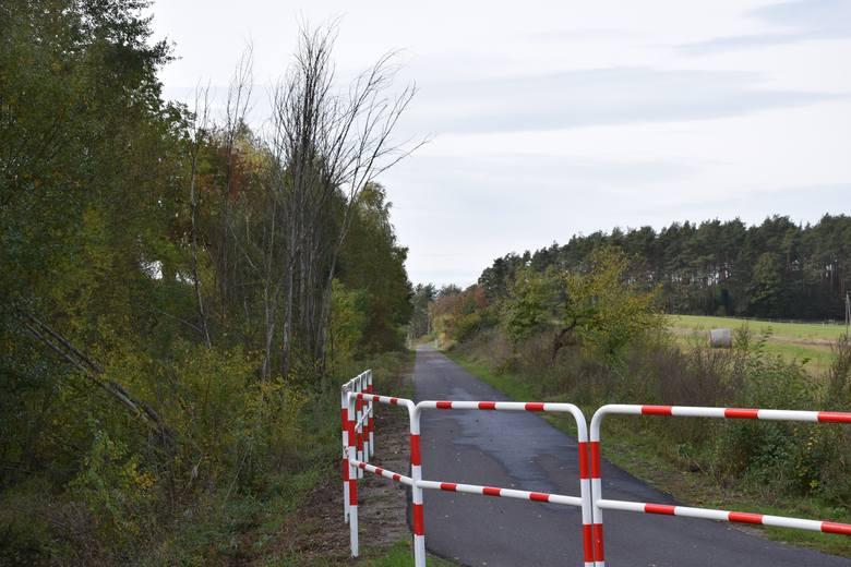 Ścieżka rowerowa na dawnych torach kolejowych w powiecie nowosolskim.<br /> Gmina Nowa Sól