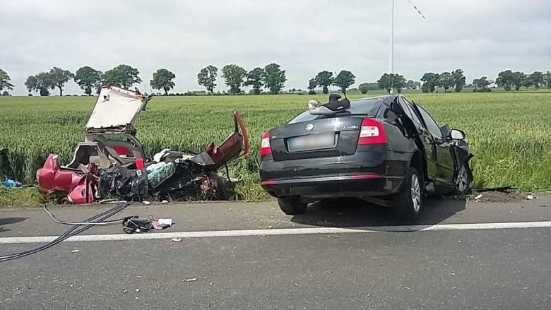 Trzeba bić na alarm - mówią policja i prokuratura. W ub.r w Toruniu i okolicy w wypadkach drogowych zginęły 23 osoby. Tymczasem w roku bieżącym już 16.