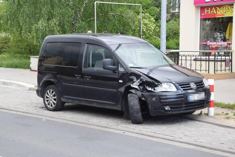 Pijany kierowca rozbił auta w Stargardzie. Zatrzymali go przechodnie