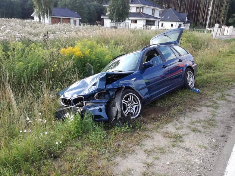 W piątek rano doszło do zderzenia dwóch samochodów osobowych w miejscowości Klepacze, w kierunku Niewodnicy Kościelnej (gm. Turośń Kościelna).