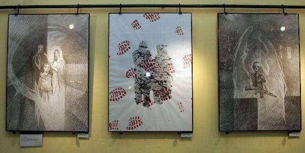Anioly i Demony w Galerii Teatru MaskaMroczna tematyka prac Artura Wawrzaszka przenosi odbiorce w nieco wyimaginowany świat pragnien, ządz i odczuc