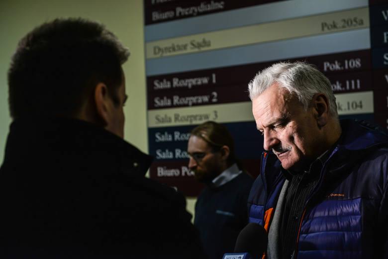 - Sąd wytknął arogancję RDOŚ, jak i inwestora elektrowni - stwierdził po wyroku Zbigniew Bąkowski