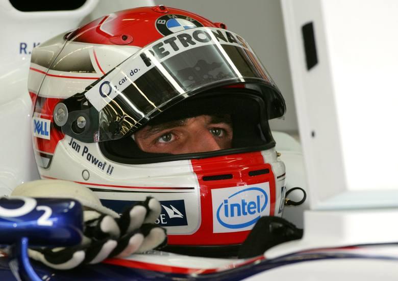 6 sierpnia 2006 roku Robert Kubica wystartował w Grand Prix Węgier, stając się pierwszym Polakiem, który wziął udział w wyścigu F1. W kwalifikacjach