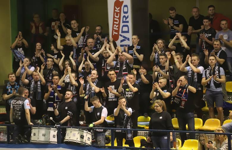 Siatkarze Cerradu Czarnych Radom w trzecim meczu rywalizacji o miejsca 5-6 w PlusLidze pokonali bez straty seta PGE Skrę Bełchatów. Byliście na tym meczu?