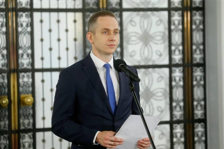 KO żąda dymisji premiera. Muller: Rząd działał zgodnie z przepisami prawa