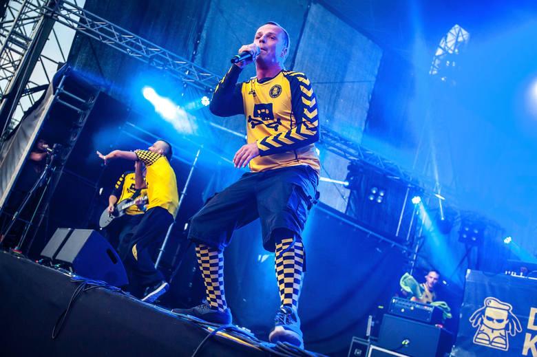 Jedną z tegorocznych gwiazd Cieszanów Rock Festiwal będzie Dubioza Kolektiv.