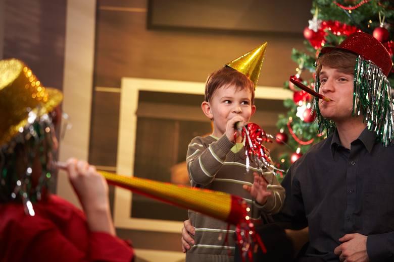 Jedynie 2 proc. firm planuje zorganizować spotkanie świąteczne dla pracowników wraz z ich rodzinami.Prezenty od szefa na święta to już prawie standard.