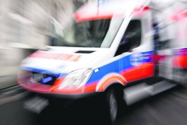 Potrącono pieszego na Zebrzydowickiej w Rybniku. Mężczyzna znajdował się na pasach