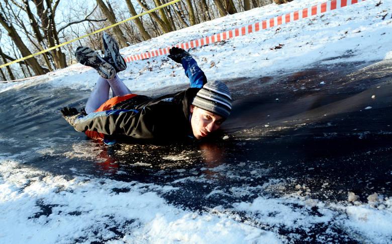 """W sobotę, 23 stycznia odbyła się kolejna, zimowa edycja ekstremalnie trudnego biegu z przeszkodami, jakim jest """"Runmageddon"""". Jego"""