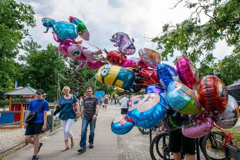 Koncerty, zabawy sportowe, kiermasz oraz atrakcje dla najmłodszych - to wszystko czekało na uczestników rodzinnego festynu, który w czwartek (20 czerwca)