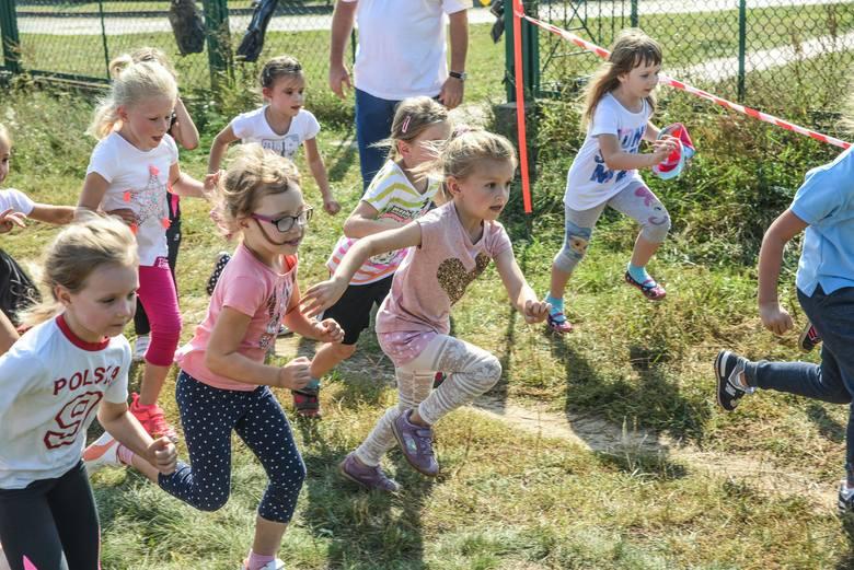 zwolnieniom z wychowania fizycznego biegi dzieciakówteren rekreacyjny przy orliku, ulica Kromera w Fordonie