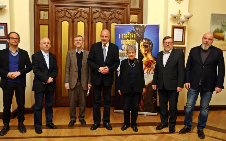 14 października Literacka Nagroda Europy Środkowej Angelus zostanie przyznana po raz dwunasty.