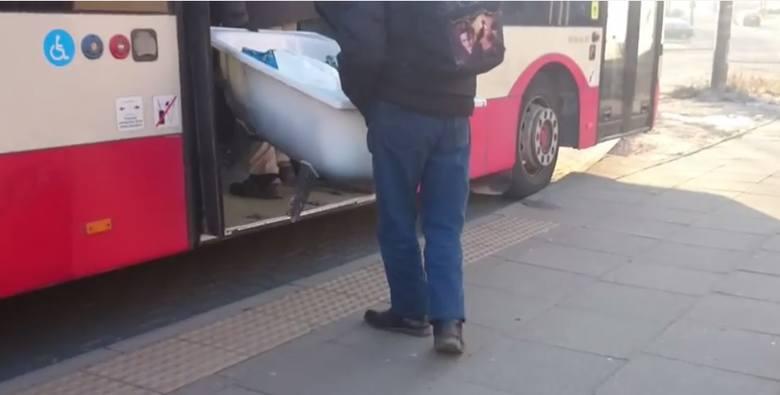 Z wanną do autobusu