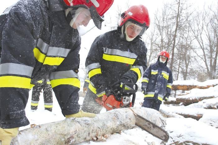 Strażacy pomagali Drodze