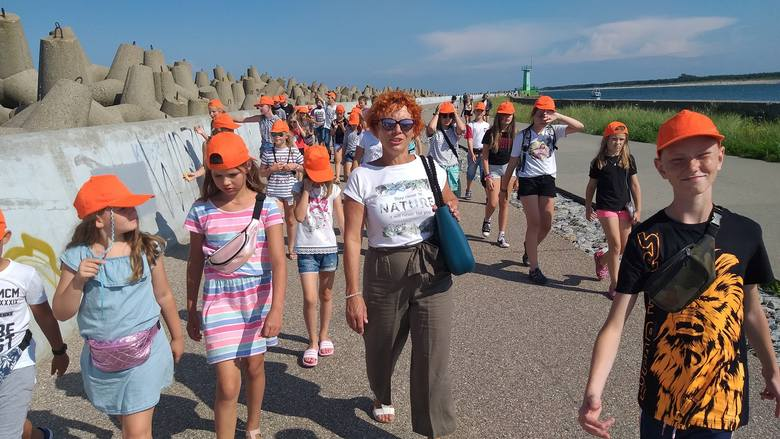 Kolejny tydzień projektu Wakacyjna Przygoda w Raciążku stoi pod znakiem wycieczek i warsztatów. Młodzież z gminy wybrała się do Władysławowa i Solca