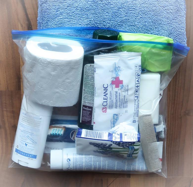 Już dziś przygotuj swój podręczny szpitalny zestaw awaryjny, spakowany w małą torbę turystyczną lub niewielki plecak - apeluje fundacja GOTOWI.ORG.Co