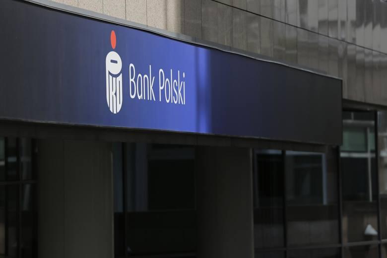 PKO BP ostrzega: oszuści mogą przejąć kontrolę nad Twoim rachunkiem. Największy bank w Polsce wydał ostrzeżenie przed oszustwem na PSD2 - dyrektywę,