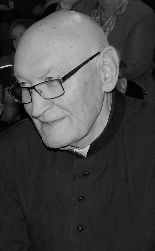 Skawina. Nie żyje ks. Marian Podgórny, twórca parafii pw. Miłosierdzia Bożego. Był  Honorowym Obywatelem Miasta i Gminy Skawina