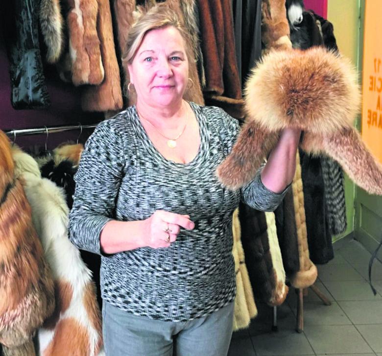 Danuta Szaciłowska kapelusze wyrabia od 50 lat. I ubolewa, że białostoczanki coraz rzadziej je noszą