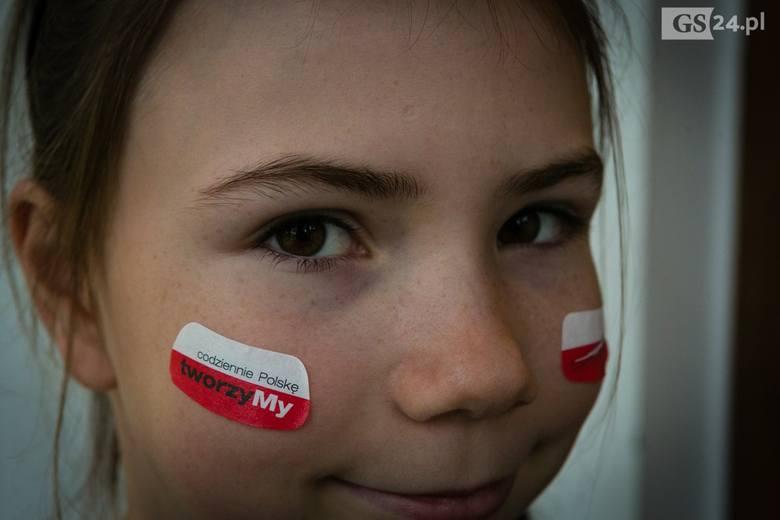 Zobaczcie fotogalerię z oficjalnych uroczystości w Szczecinie na 100-lecie niepodległości.100-lecie niepodległości. Tak świętuje Szczecin:● b na Marszu