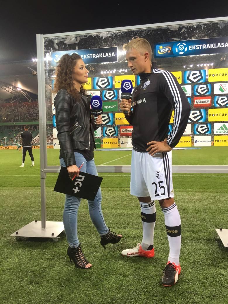 Rozmowy z piłkarzami podczas meczów Lotto Ekstraklasy to dla niej codzienność.