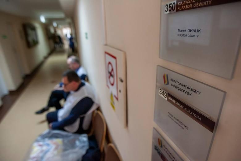 Kuratorium Oświaty w Bydgoszczy przeprowadziło kontrolę w Szkole Podstawowej nr 10 po interwencji poseł Anny Sobeckiej. Co wykazała kontrola?Czytaj więcej