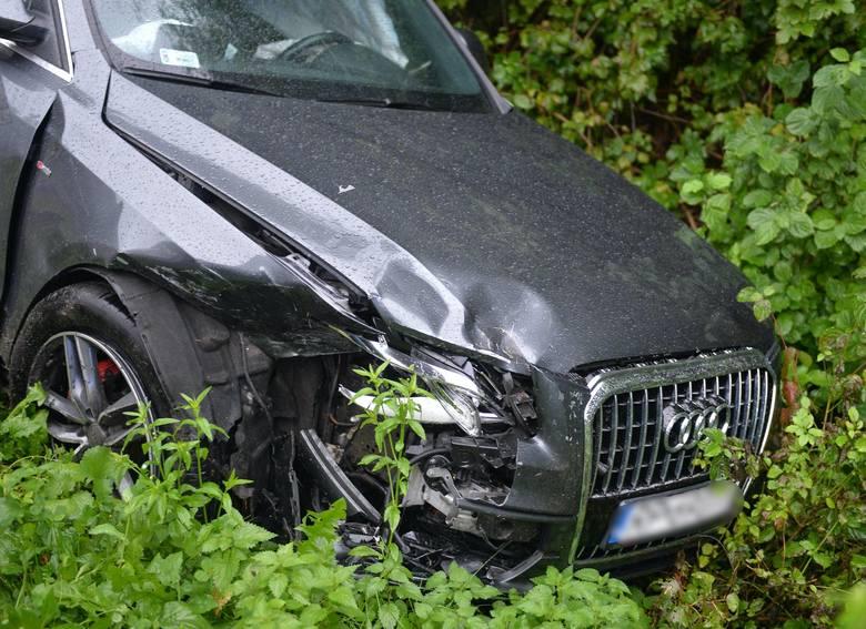 Wypadek w Huwnikach koło Przemyśla. W zderzeniu audi z suzuki poszkodowane zostały trzy osoby [ZDJĘCIA]